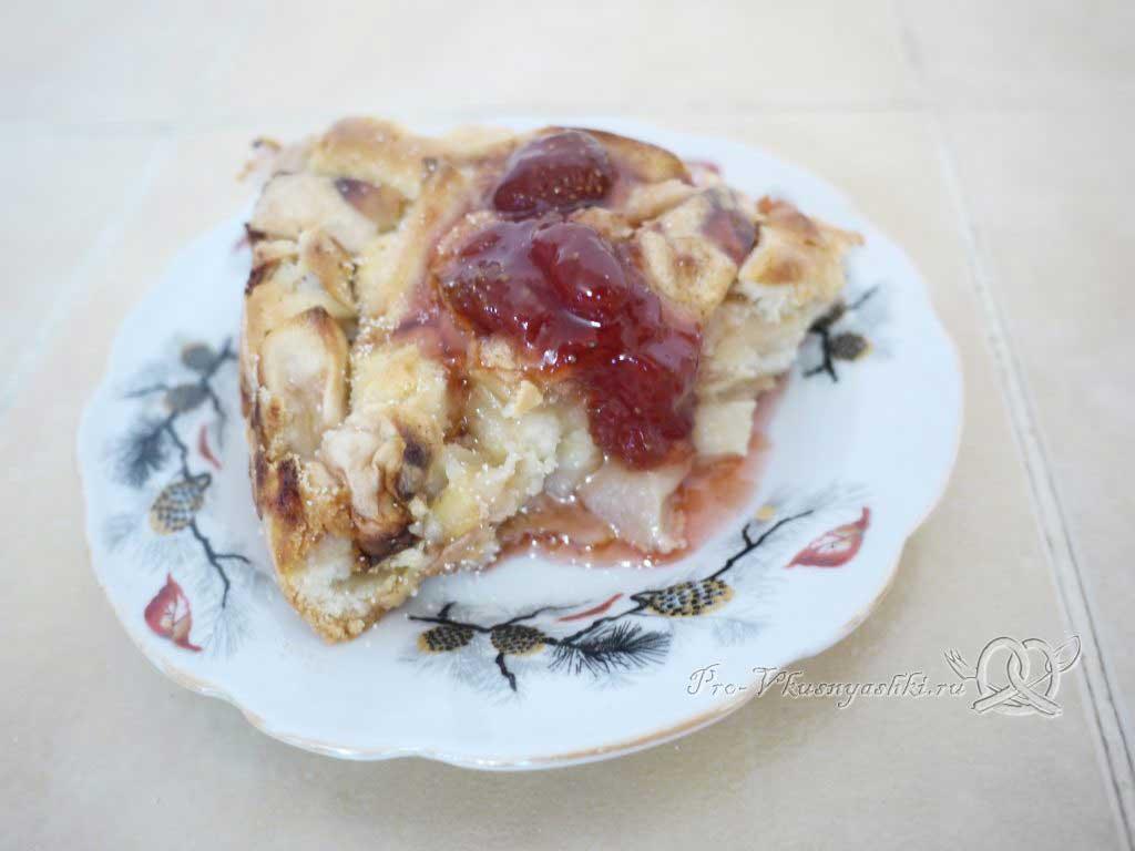Яблочный пирог Шарлотка в духовке - подача