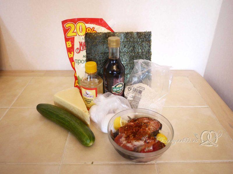 Суши - роллы домашние с рыбой, яйцом и огурцом - ингредиенты