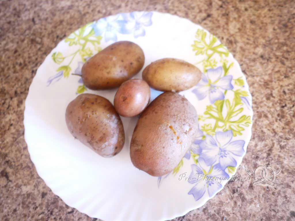 Селедка под шубой - вареный картофель