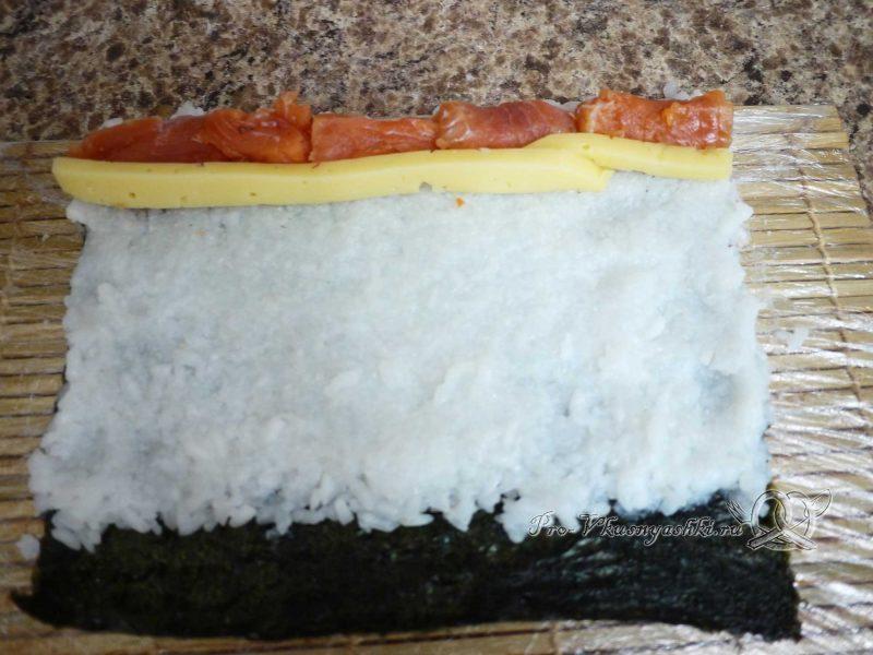 Роллы в домашних условиях с рыбой, яйцом и огурцом - сыр на рисе