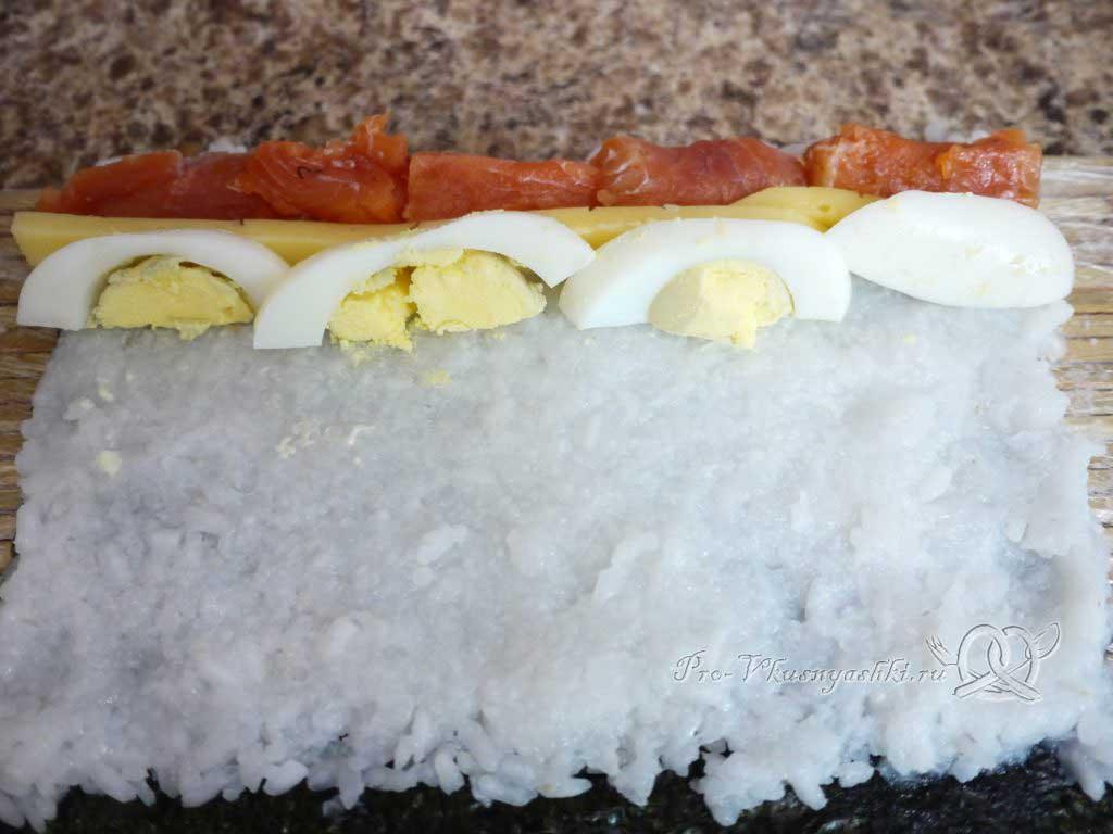 Роллы в домашних условиях с рыбой, яйцом и огурцом - с яйцом