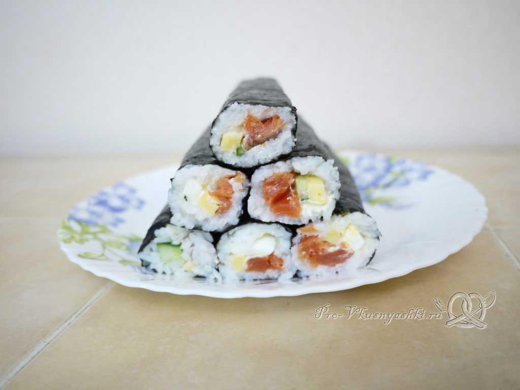 Роллы в домашних условиях с рыбой, яйцом и огурцом - готовые роллы