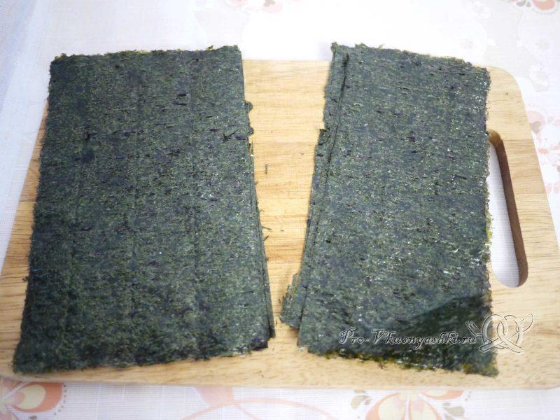 Суши - роллы с рисом наружу (урамаки) - режем нори