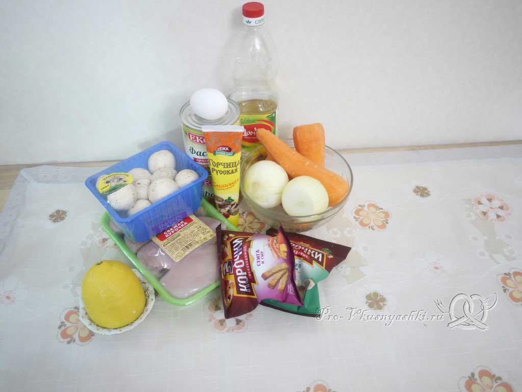 Салат с морковью, грибами, фасолью и курицей - ингредиенты