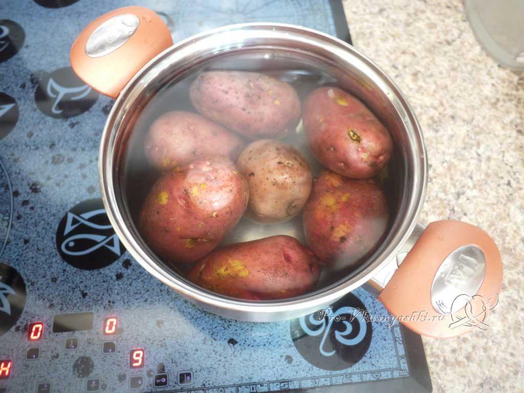 Фаршированный картофель запеченный в духовке - варим картофель