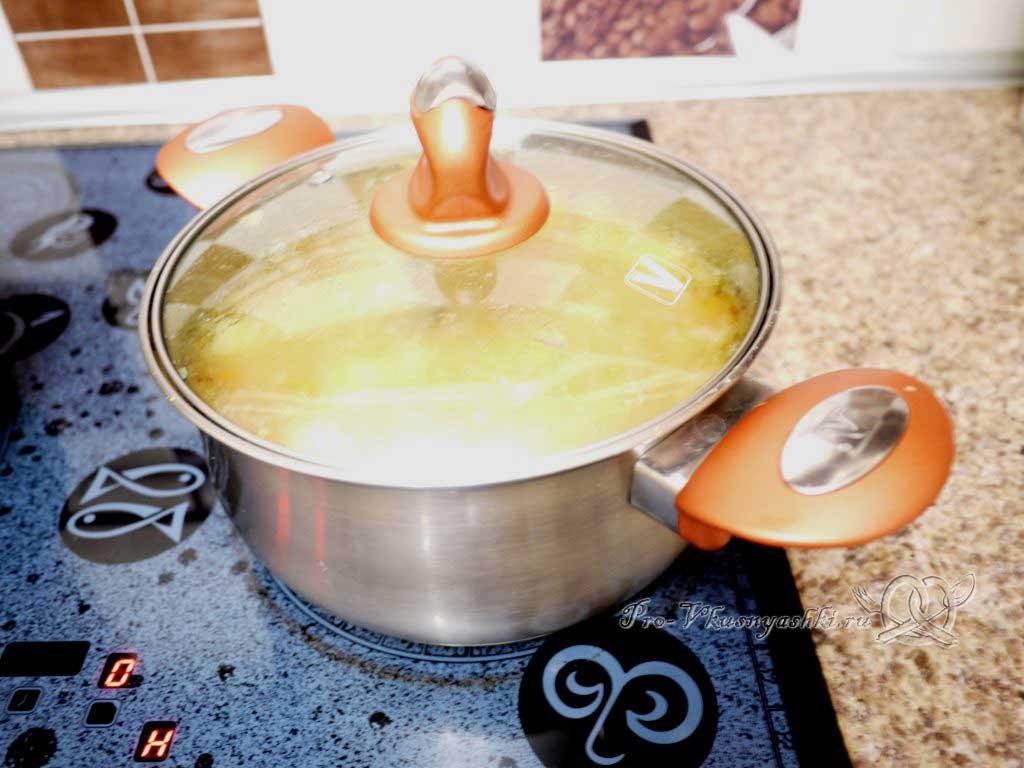 Постный гороховый суп с сухариками - настаиваем суп