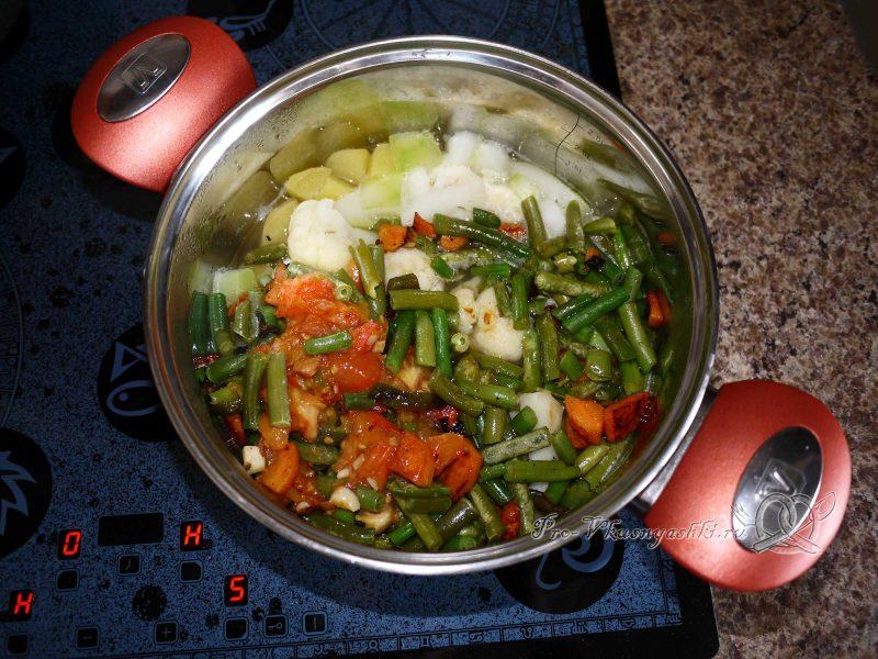 Овощное рагу с кабачками и картофелем - добавляем зажарку