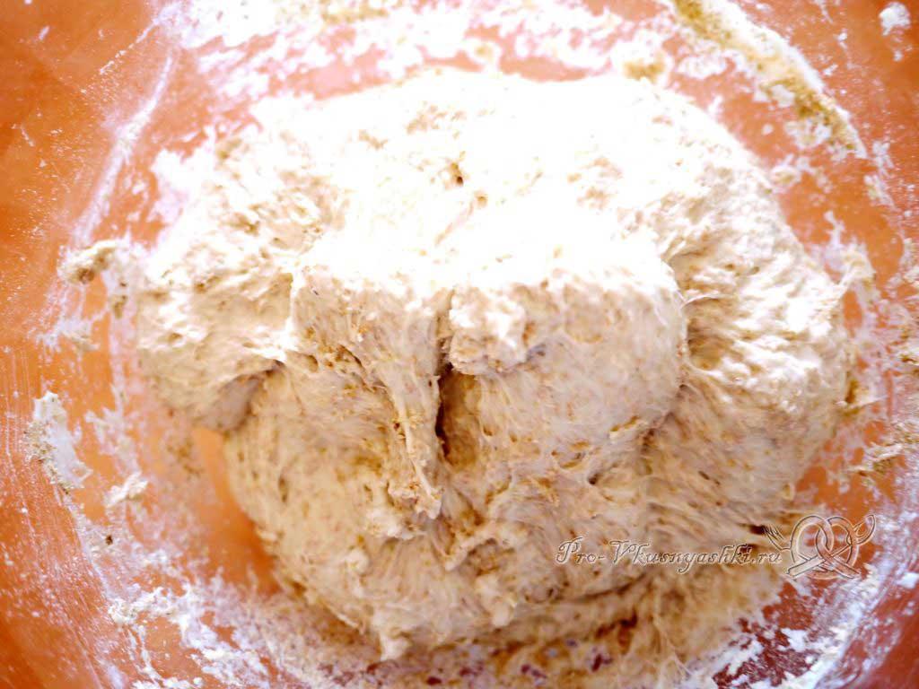 Постный пшеничный хлеб с отрубями - замешиваем отруби