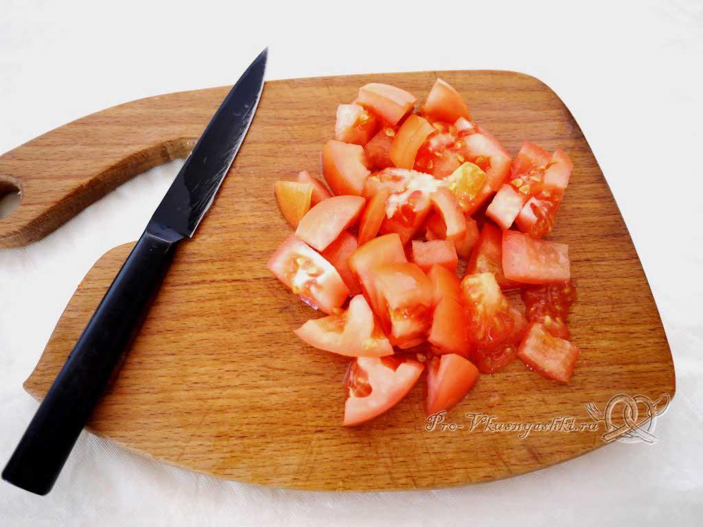 Постный овощной суп - нарезаем помидоры