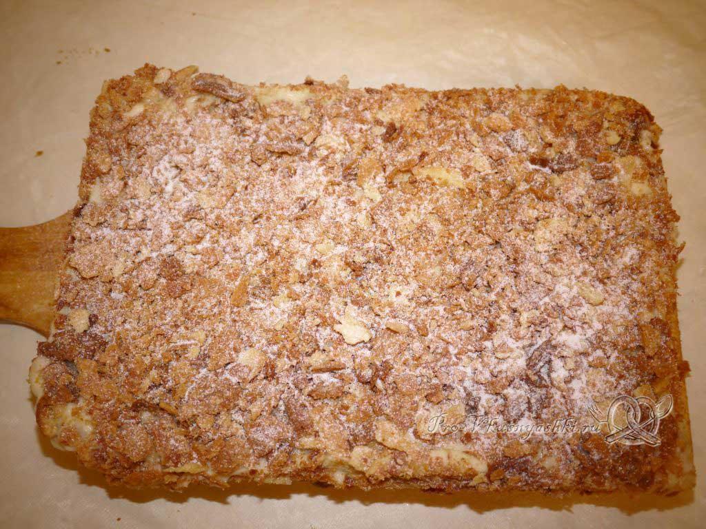 Торт Наполеон классический с заварным кремом - посыпаем сахарной пудрой