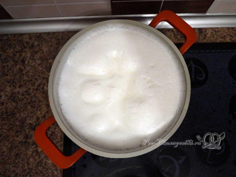 Королевская Пасха из молока - молоко вскипело