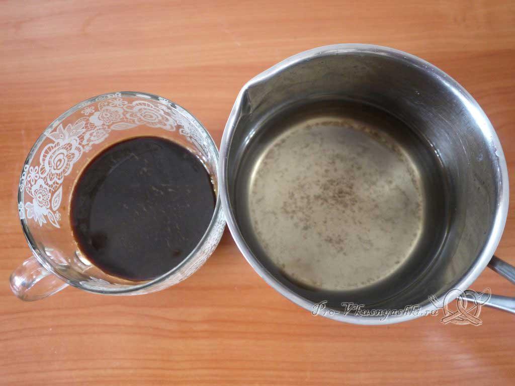Торт Тирамису в домашних условиях - смешиваем кофе и сироп