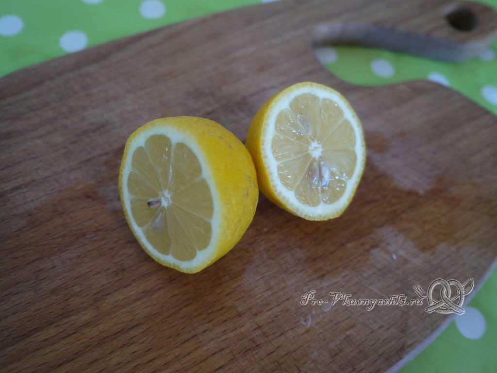 Шашлык из курицы, маринованный в лимонном соке - лимон пополам