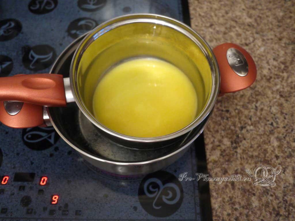 Домашний твердый сыр - нагреваем растопленное сливочное масло