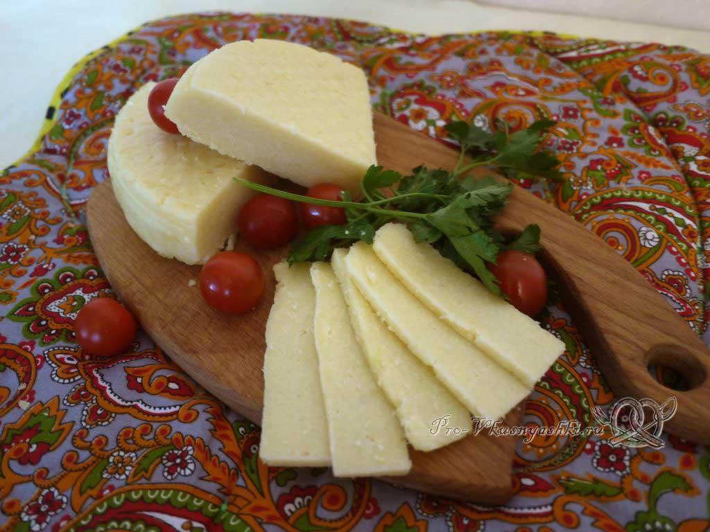 Домашний твердый сыр - подача