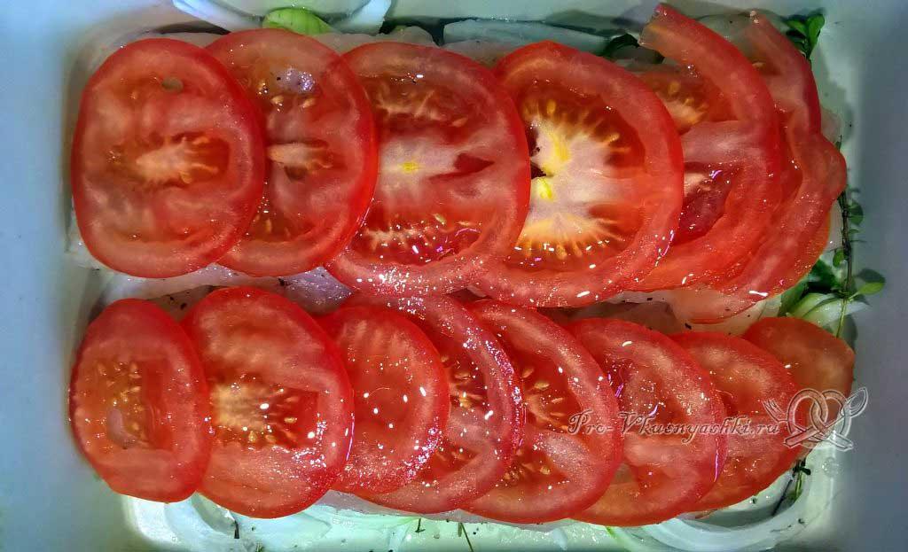 Филе лемонемы с травами - выкладываем помидоры