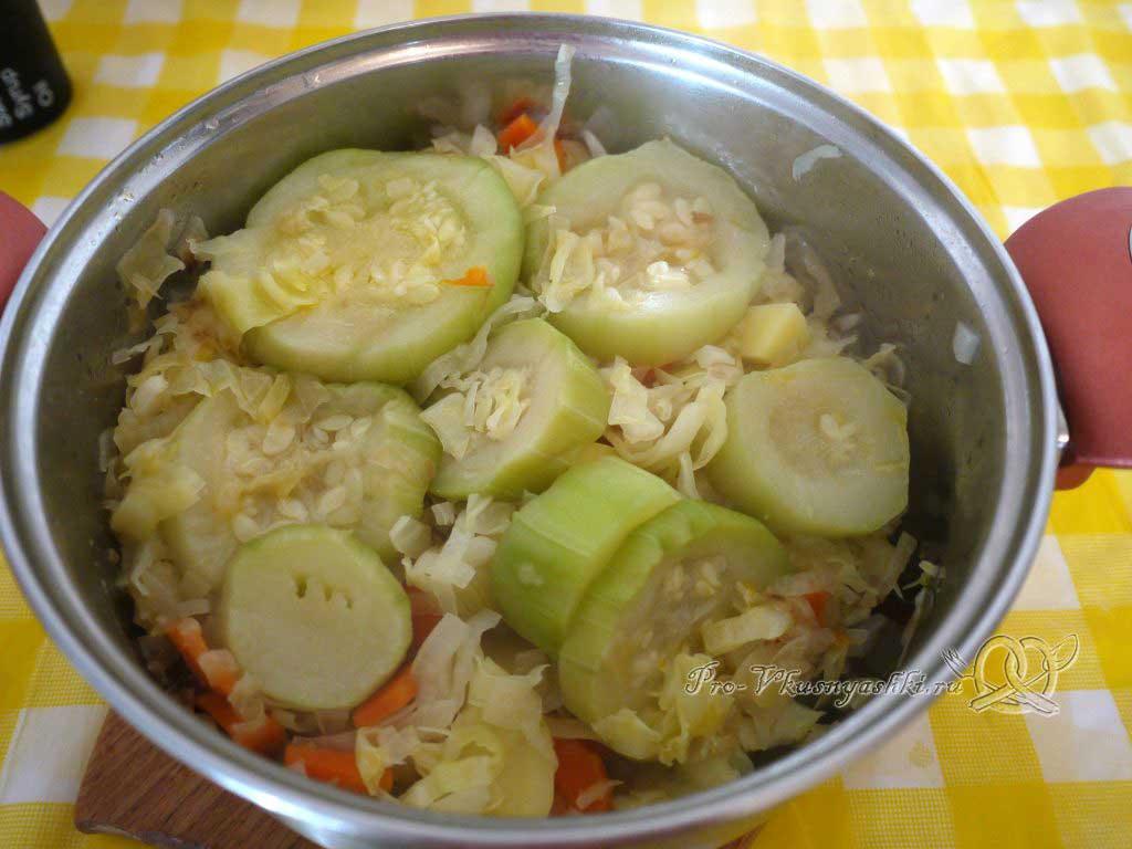 Овощной суп пюре с гренками - сливаем бульон