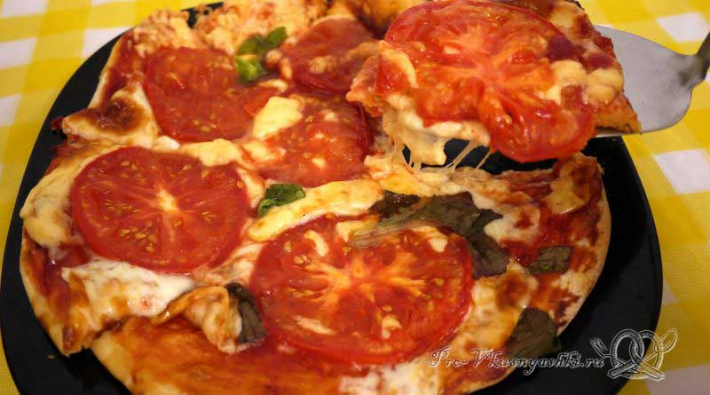 Пицца Маргарита в духовке - подача