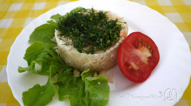 Рис с креветками и ананасом - подача