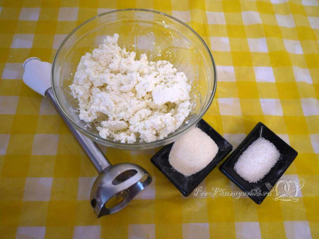 Творожные сырники без яиц и муки - замешиваем тесто