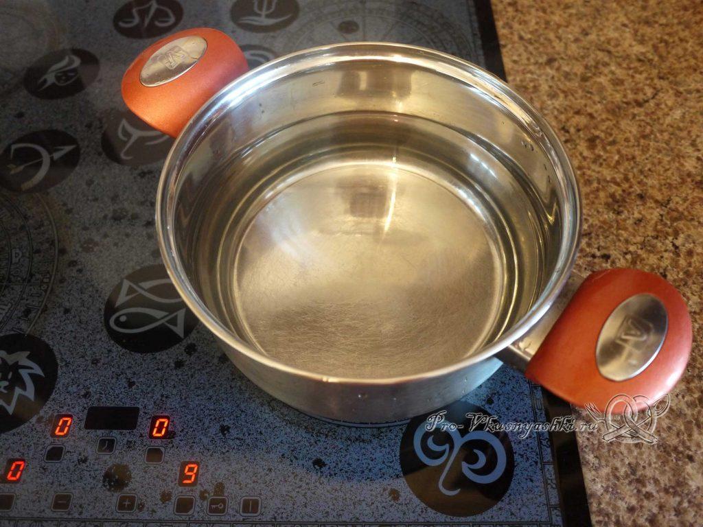 Картофельное пюре с молоком - кипятим воду