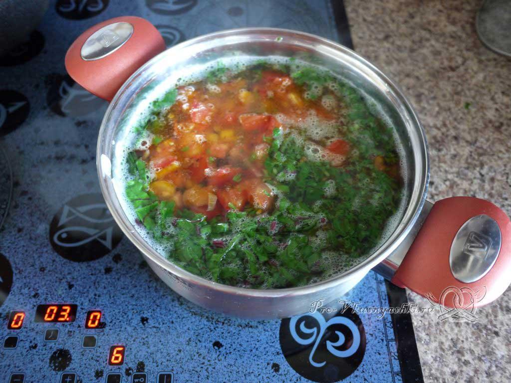 Летний суп с щавелем и ботвой - добавляем щавель