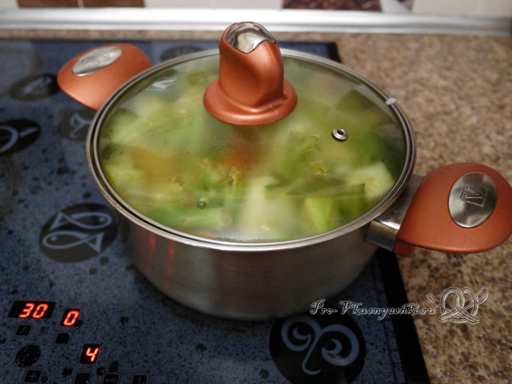 Овощное рагу с кабачками и мясом - тушим овощи