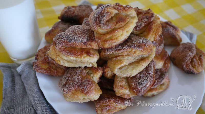 Творожное печенье Треугольники с сахаром - подача