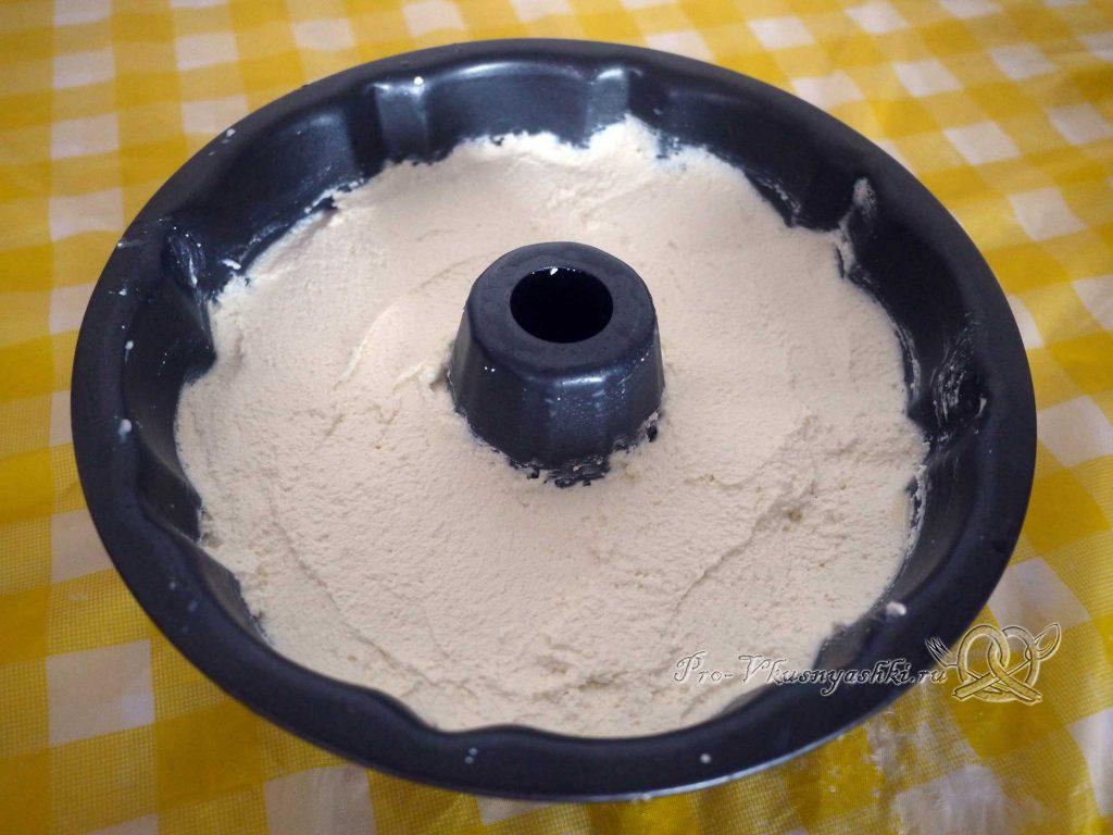 Творожный пудинг в духовке - выкладываем массу в форму