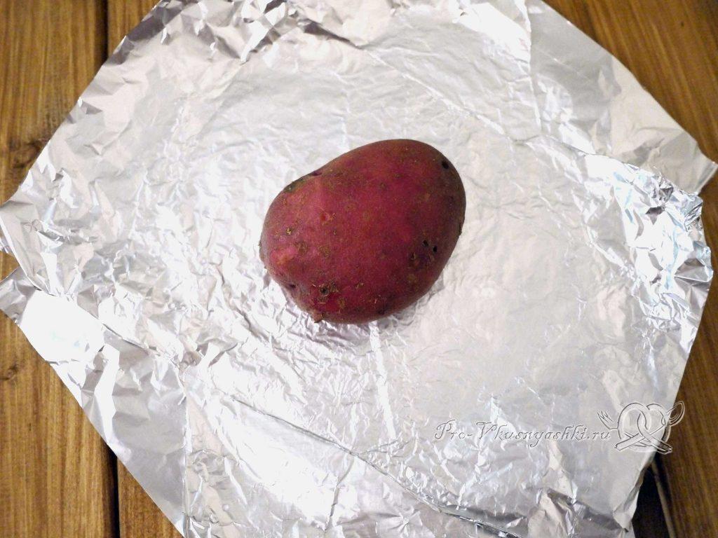Картофель запеченный в духовке в фольге - заворачиваем картофель в фольгу