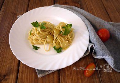 Макароны в сливочно-сырном соусе - подача