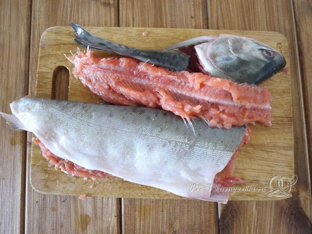 Рыбный суп из горбуши с пшеном - разделываем рыбу