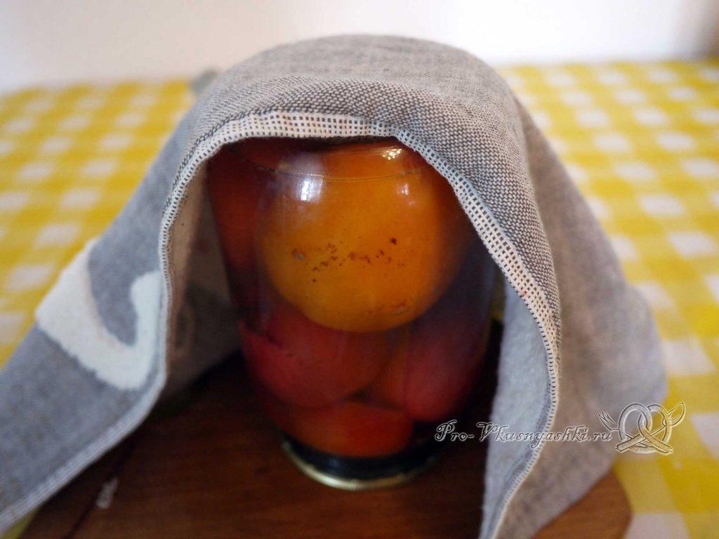 Соленые помидоры на зиму с корицей - помидоры остывают