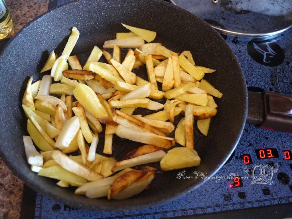 Жареная картошка с грибами и луком - жареный картофель