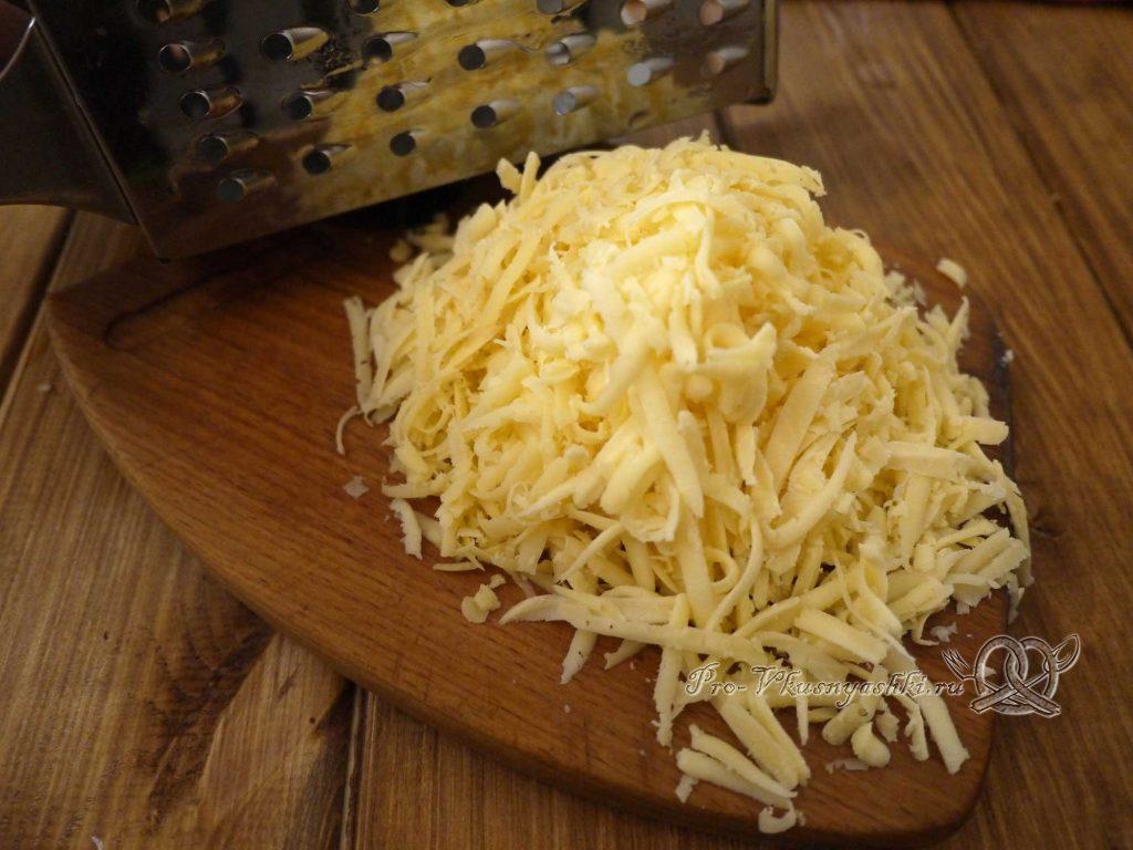 Салат «Гнездо перепелки» - натираем сыр