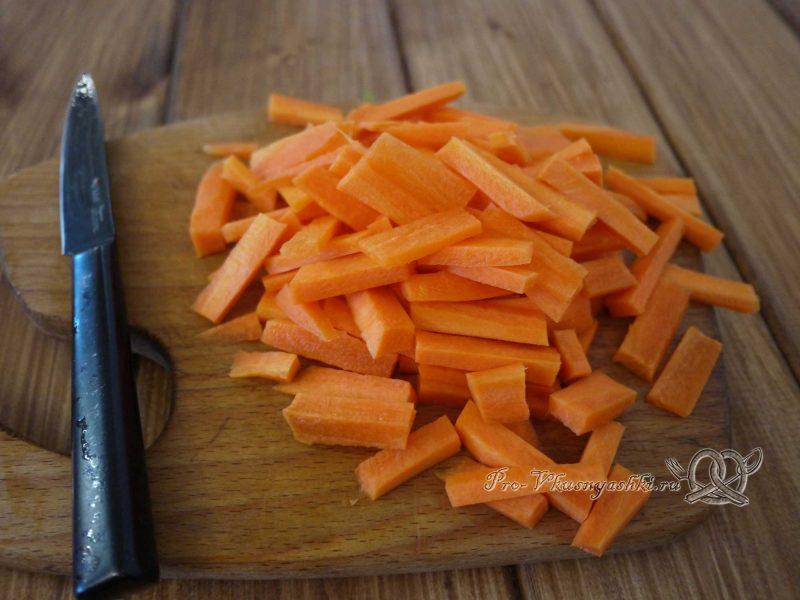 Суп Токмач - нарезаем морковь