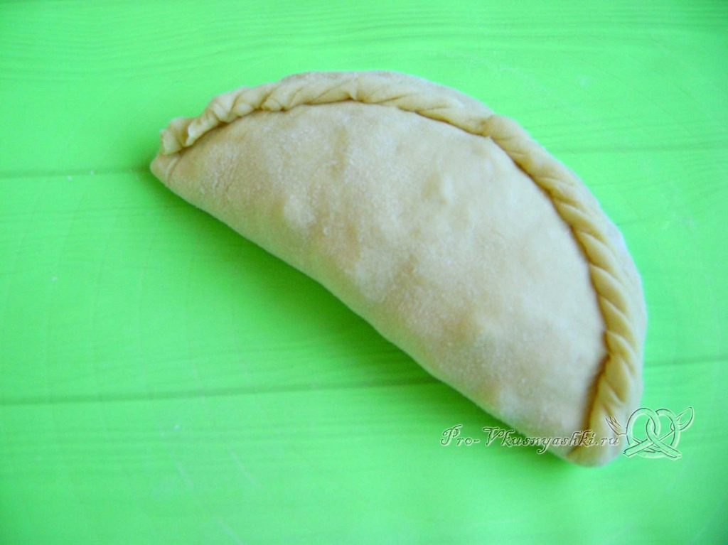 Бэрэнге тэкэсе - формуем пирожок