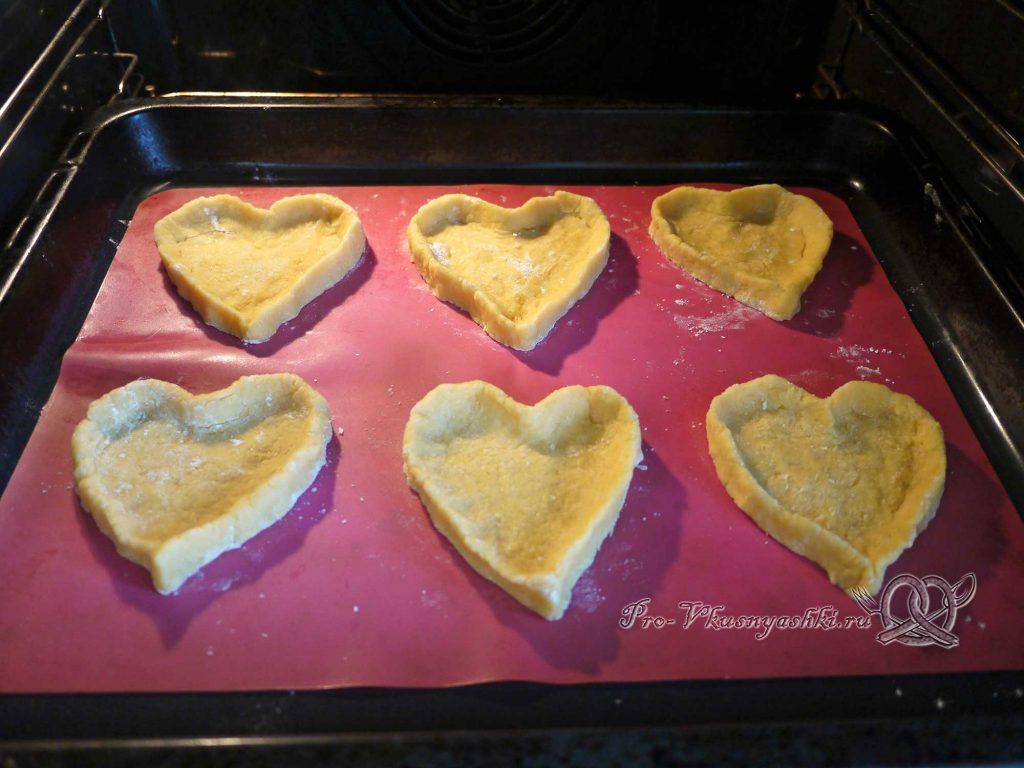 Лаймовые тарталетки с клубникой и мятой - выпекаем печенье