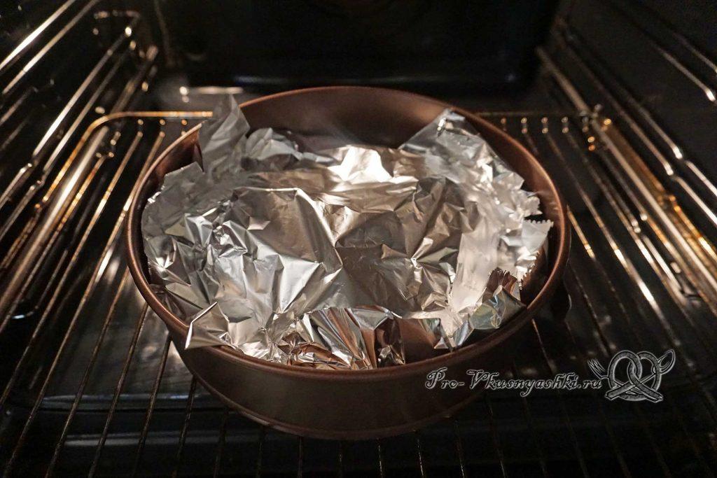 Черные булочки для бургеров - накрываем булочки фольгой