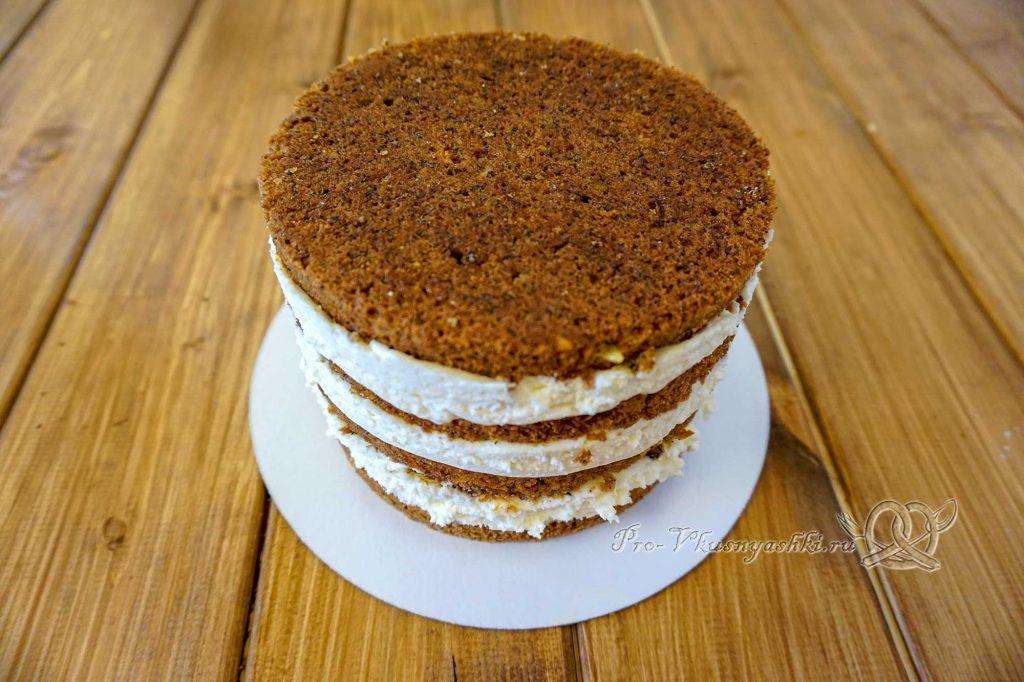 Морковный торт с апельсиновым курдом и кремом «Пломбир» - собранный торт