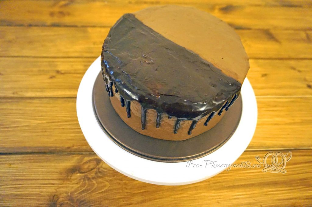 Торт «Банановый остров» - покрываем торт глазурью