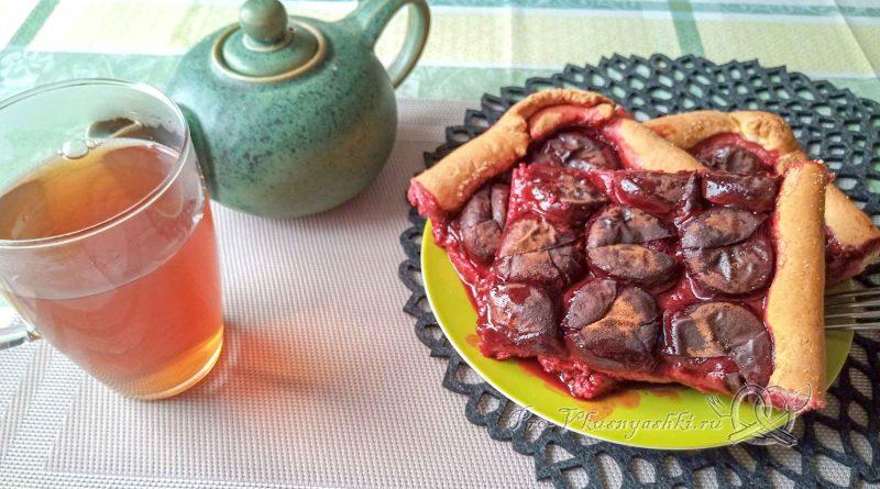 Баварский сливовый пирог - подача