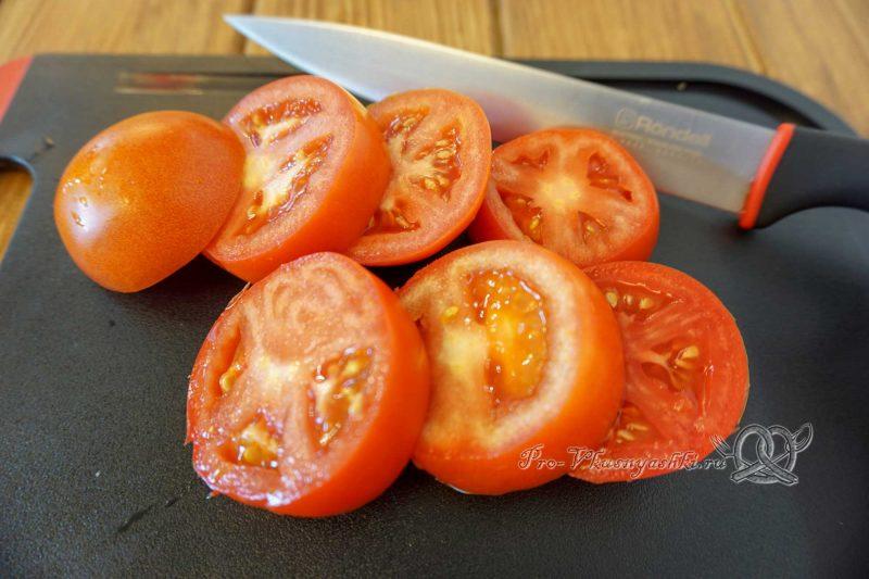 Помидоры на сковороде гриль - нарезаем помидоры