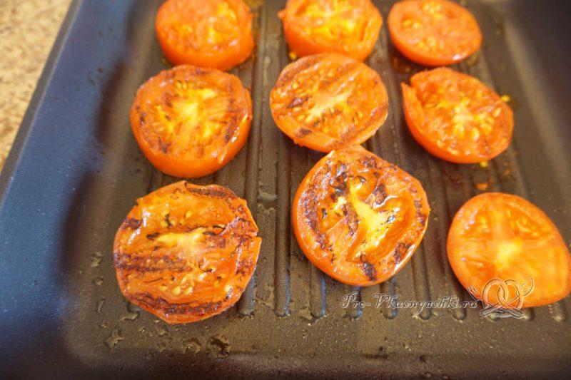 Помидоры на сковороде гриль - обжариваем томаты с другой стороны