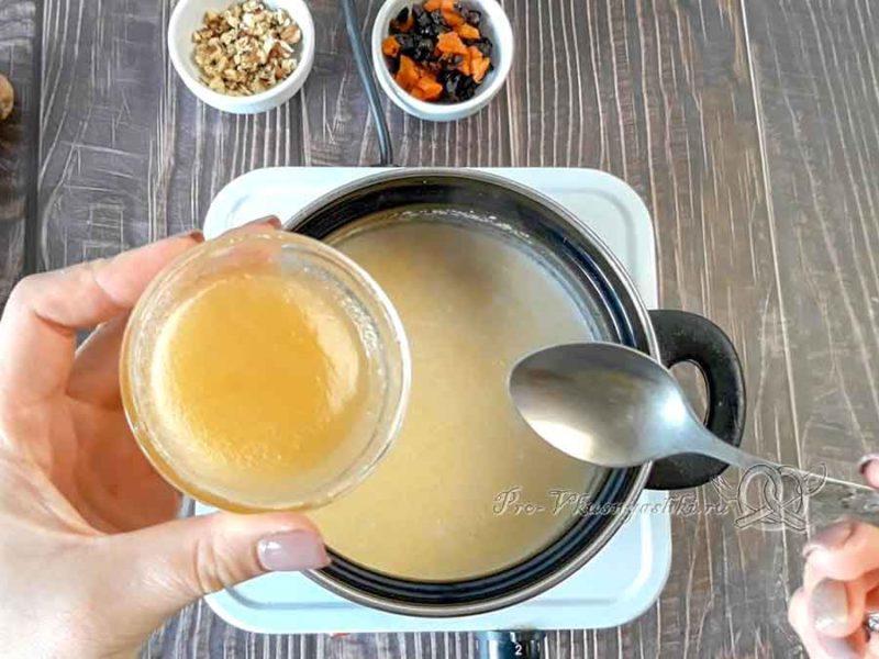 Кукурузная полента на кокосовом молоке - добавляем мед