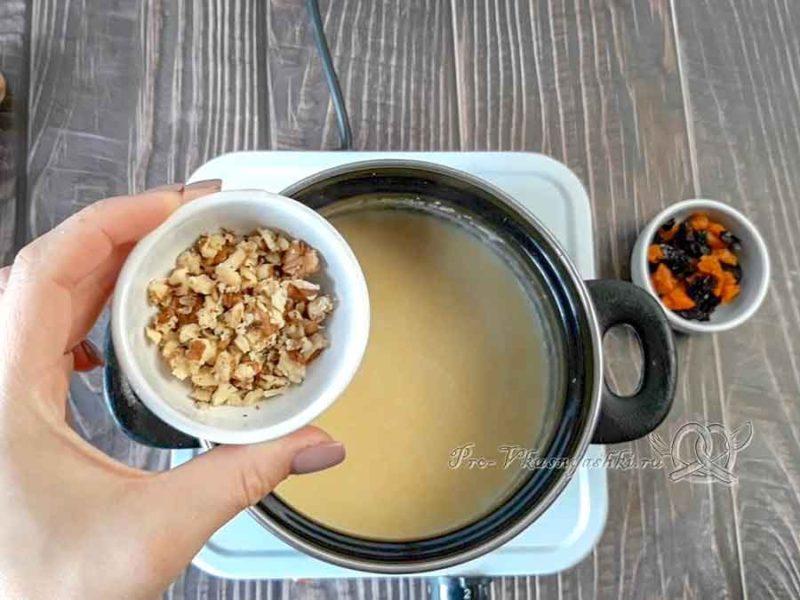 Кукурузная полента на кокосовом молоке - добавляем орехи