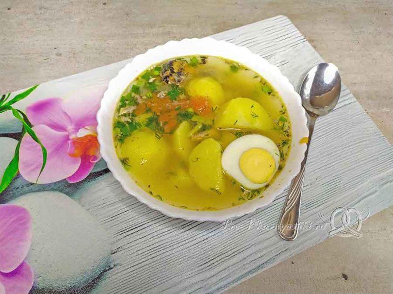 Суп из консервированной сайры - подача