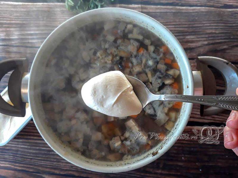 Сырный суп-пюре с шампиньонами - добавляем сыр