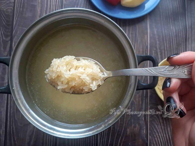 Рисовый суп с курицей - добавляем рис