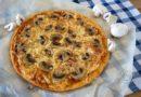Домашняя грибная пицца с шампиньонами - готовая пицца